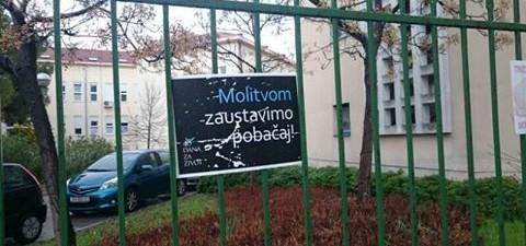 """""""U Hrvatskoj se trenutno događa nešto prekrasno. Vjera je konačno dobila važniju ulogu nakon što je duhovnost dugo bila u drugom planu – ljudi se bude, promjene dolaze. Trebamo pružiti […]"""